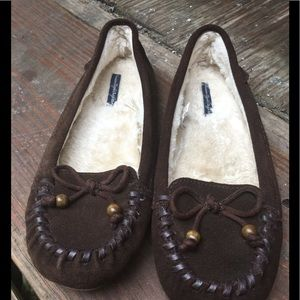 AE Outfitter women's Slippers